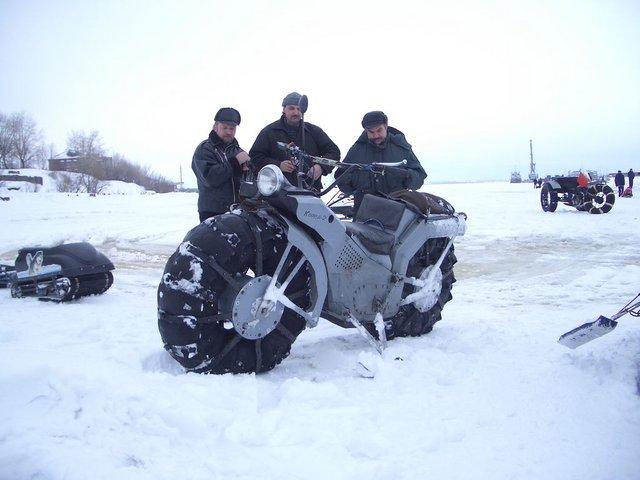 Мотоцикл на шинах низкого давления